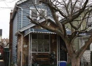 Foreclosed Home en 110TH AVE, Queens Village, NY - 11429