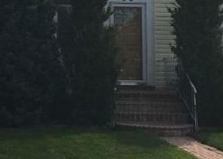 Foreclosed Home in VICTOR ST, Valley Stream, NY - 11580