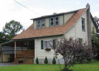 Foreclosed Home en PLEASANT AVE, Oneonta, NY - 13820