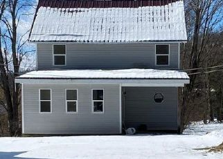 Foreclosed Home en W MAIN ST, Stamford, NY - 12167