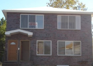 Foreclosed Home en 110TH RD, Saint Albans, NY - 11412