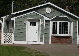 Casa en ejecución hipotecaria in Shirley, NY, 11967,  BEATRICE DR ID: P1185332