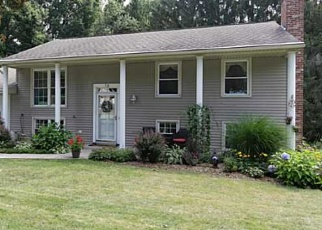 Foreclosed Home en BROOKTREE DR, Penfield, NY - 14526