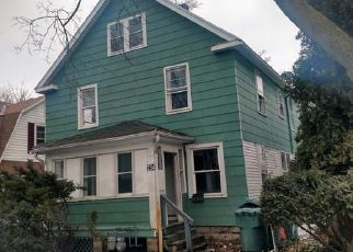 Foreclosed Home en ROYCROFT DR, Rochester, NY - 14621