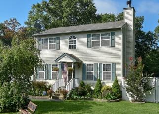 Casa en ejecución hipotecaria in Shirley, NY, 11967,  REVILO AVE ID: P1185519