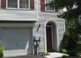 Foreclosed Home en CATHERINE ST, Telford, PA - 18969