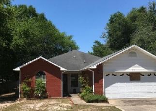 Foreclosed Home en HYDE PARK DR, Crestview, FL - 32539