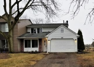 Foreclosed Home en CAMPUS DR, Elgin, IL - 60120
