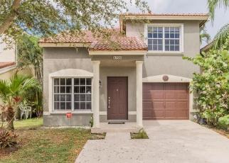 Foreclosed Home en BINGHAMTON AVE, Boynton Beach, FL - 33436