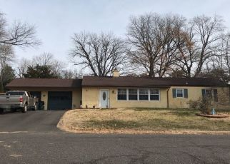 Foreclosed Home en BRIDLE PATH LN, Feasterville Trevose, PA - 19053