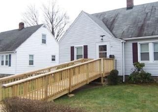 Casa en ejecución hipotecaria in Waterbury, CT, 06705,  ALTYRE ST ID: P1197718