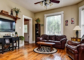 Foreclosed Home en W THOMAN ST, Springfield, MO - 65803