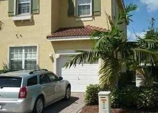 Foreclosed Home en NE 21ST AVE, Homestead, FL - 33033