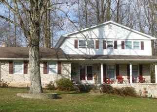 Foreclosed Home en LITTLE JOHN DR, York, PA - 17408