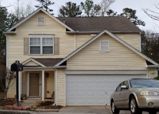 Foreclosed Home en ARBOR RIDGE DR, Stone Mountain, GA - 30087