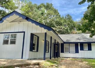 Foreclosed Home in WOODY DR, Jackson, MS - 39212