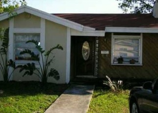 Foreclosed Home en NE 160TH ST, Miami, FL - 33162