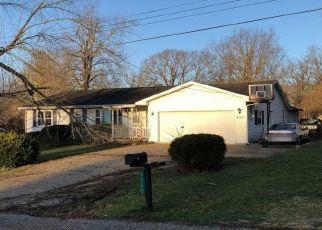 Foreclosed Home en SHARON DR, Decatur, IL - 62521