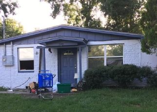 Foreclosed Home en SONORA DR W, Jacksonville, FL - 32244
