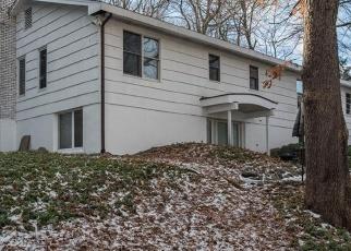 Casa en ejecución hipotecaria in New Canaan, CT, 06840,  SELLECK PL ID: P1204255