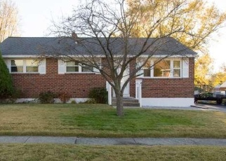 Foreclosed Home in HOLLY DR, New Castle, DE - 19720