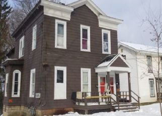 Foreclosed Home en PRENDERGAST AVE, Jamestown, NY - 14701