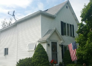 Foreclosed Home en BRIGHAM RD, Dunkirk, NY - 14048