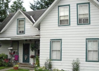 Foreclosed Home en FORT COVINGTON ST, Malone, NY - 12953