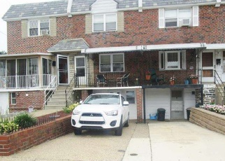 Foreclosed Home en ELMWOOD AVE, Philadelphia, PA - 19153