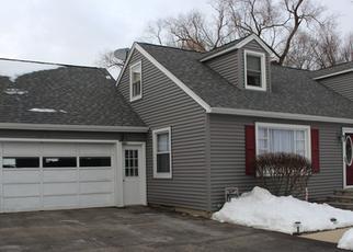 Foreclosed Home in MOLITOR RD, Aurora, IL - 60505