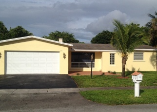 Foreclosed Home en SW 67TH LN, Hollywood, FL - 33023