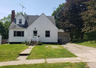 Foreclosed Home in WOODLAWN AVE, Muscatine, IA - 52761