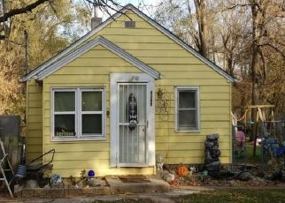 Foreclosed Home in NE 27TH ST, Des Moines, IA - 50317