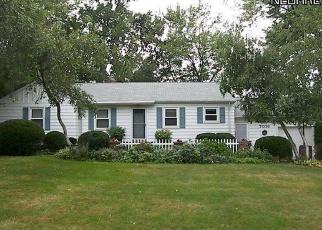 Casa en ejecución hipotecaria in Solon, OH, 44139,  SOM CENTER RD ID: P1214040