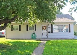 Foreclosed Home en JOY AVE, Granite City, IL - 62040