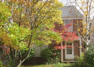 Foreclosed Home en LYNNFIELD RD, Beachwood, OH - 44122