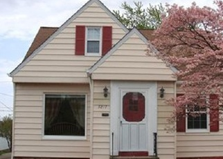 Foreclosed Home en E 114TH ST, Cleveland, OH - 44125