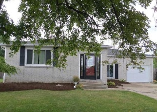Foreclosed Home en CARRIAGE PARK, Buffalo, NY - 14224