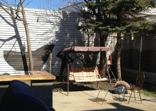 Foreclosed Home en 78TH AVE, Ridgewood, NY - 11385