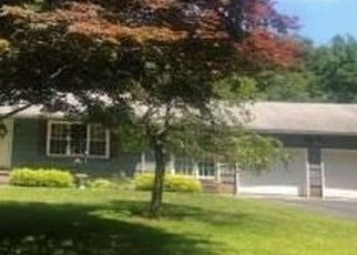 Foreclosed Home in BEE MOUNTAIN RD, Oxford, CT - 06478
