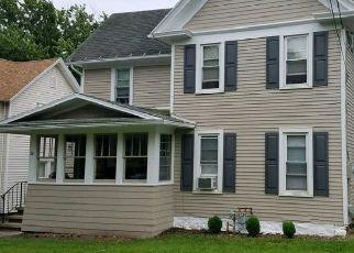 Foreclosed Home en E MAIN ST, Bloomfield, NY - 14469