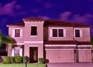 Foreclosed Home in CALM WATERS CT, Saint Cloud, FL - 34771