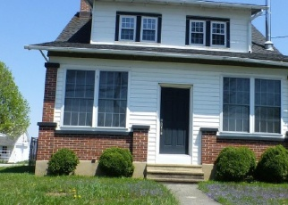 Foreclosed Home en MAIN ST, Mohrsville, PA - 19541