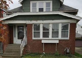 Foreclosed Home en VICTORIA BLVD, Buffalo, NY - 14217