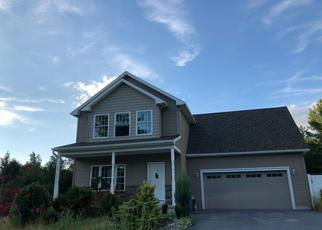 Foreclosed Home en SCHAFFER BROOK LN, Lake Luzerne, NY - 12846