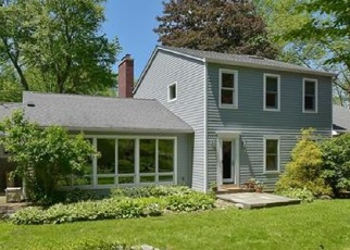 Foreclosed Home in OLD ASPETONG RD, Katonah, NY - 10536