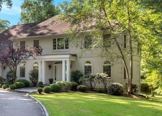Foreclosed Home in BLACKBERRY HILL RD, Katonah, NY - 10536