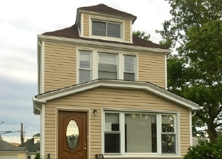 Foreclosed Home en 118TH AVE, Jamaica, NY - 11434