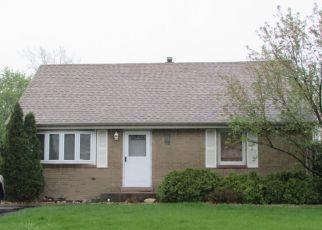 Foreclosed Home en COLUMBIA DR, Bridgeview, IL - 60455