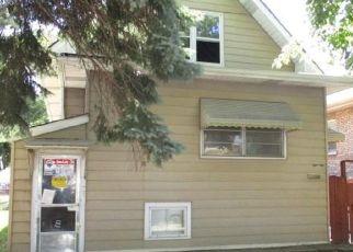 Casa en ejecución hipotecaria in Forest Park, IL, 60130,  BELOIT AVE ID: P1218282